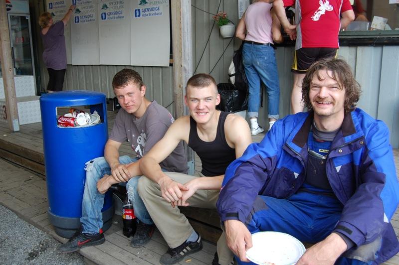 Tre glade trialkjørere fra Danmark