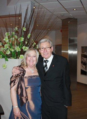 Liss og Joar Hagen i feststas etter gallaen