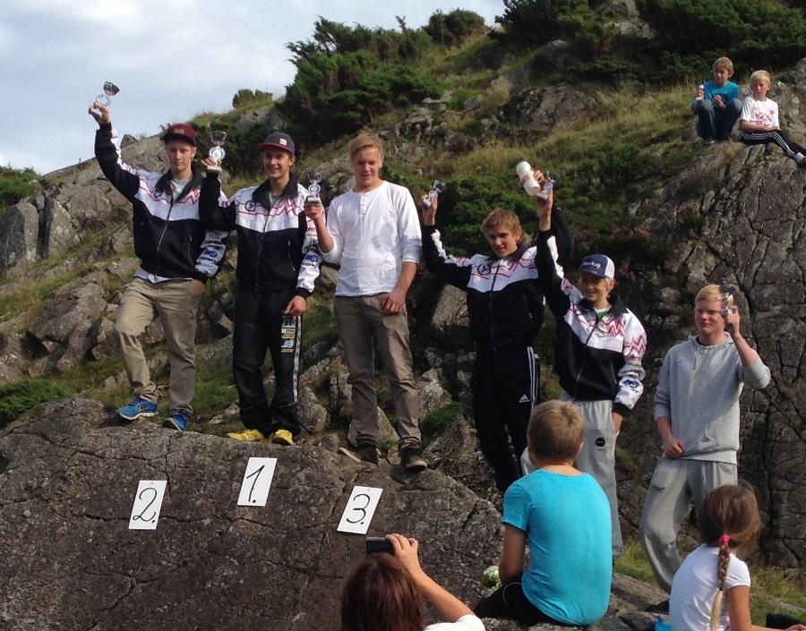 Hyggelig gjensyn med Henrik Haga, og attpåtil på toppen av pallen!   foto Martin Haga