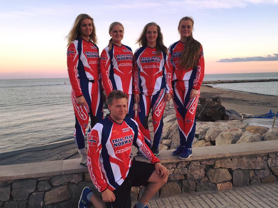 Årets lag: Erica Melchior, mette Fidje, Ingveig Håkonsen og Julie Sandanger . Foto: Klemmet Fidje?